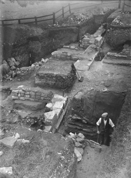 Fort_excavation