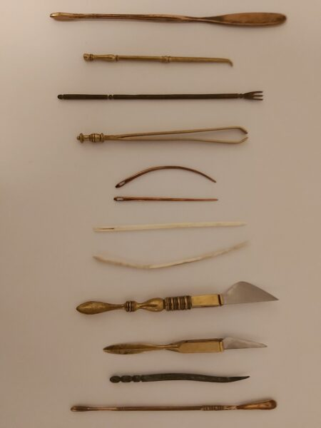 A set of 12 items of Roman medical equipment
